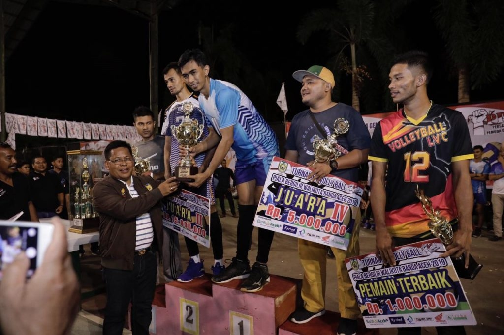 Bank Aceh juara tournamen volly piala Walikota Banda Aceh